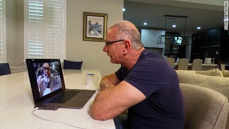 Robert Irvine films a quarantine special on