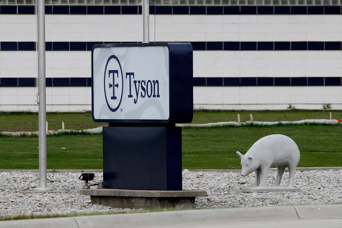 Tyson Foods to Close Iowa Pig Plant Amid Coronavirus Outbreak