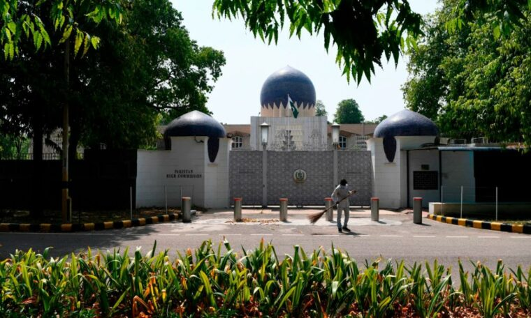 India accuses two Pakistani embassy officials of spying and orders them to leave the country