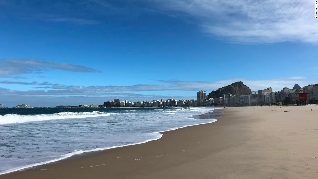 World famous beach in Brazil emptied by coronavirus