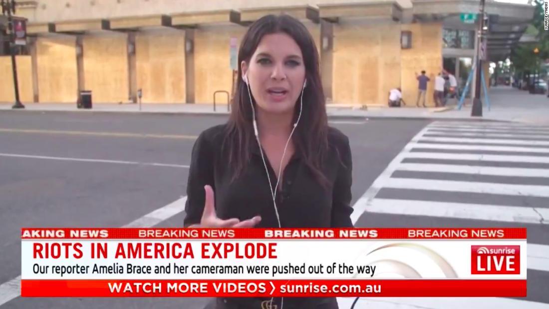 Australia to Investigate Police Attack on Journalists in Washington