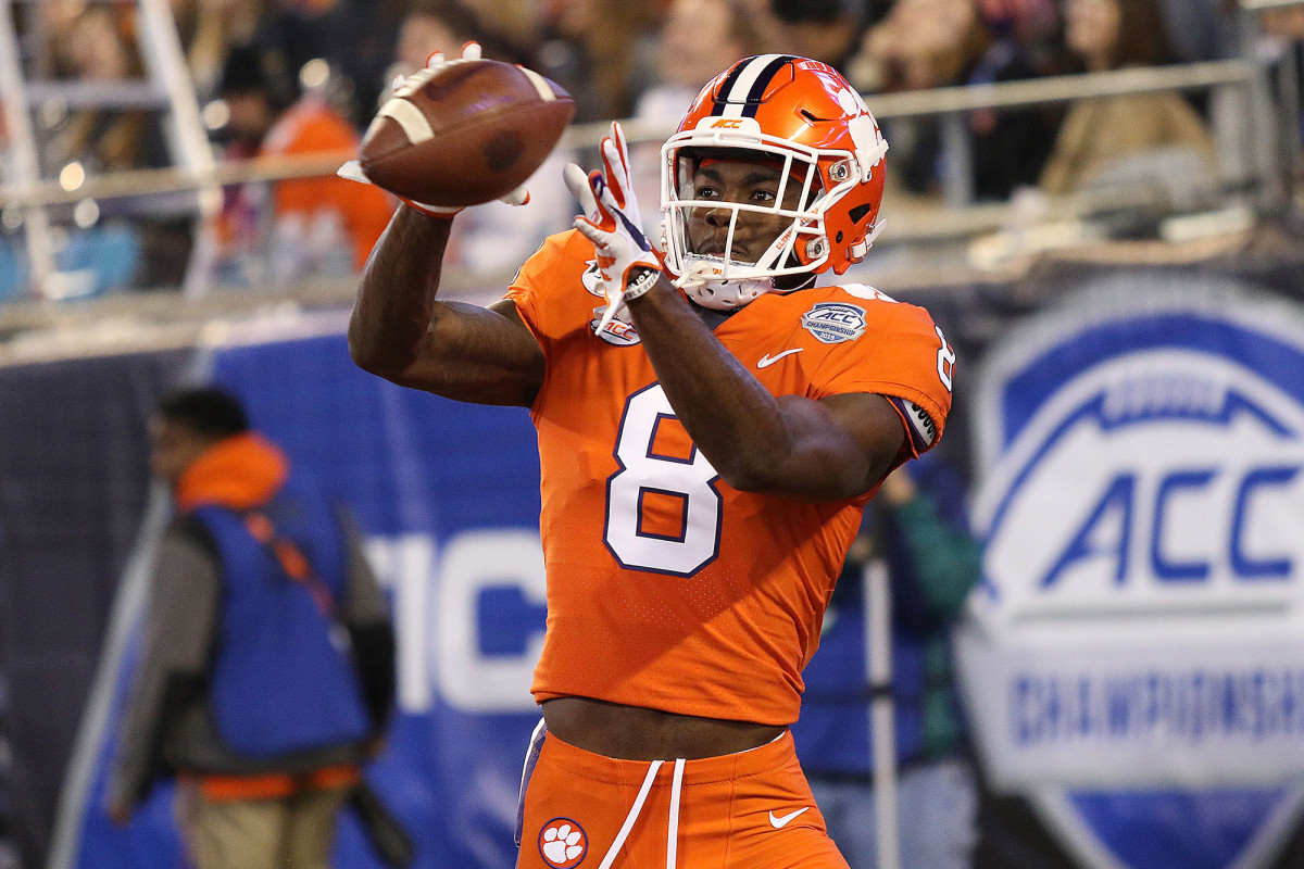 Clemson's Justyn Ross comes out for the season