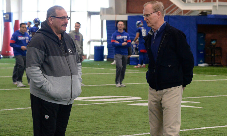 Giants John Mara, Dave Gettleman return to practice facility