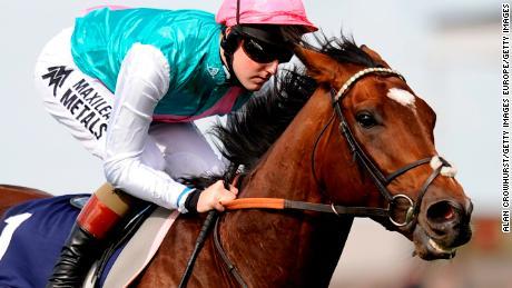 Champion horse Frankel scoring at stud