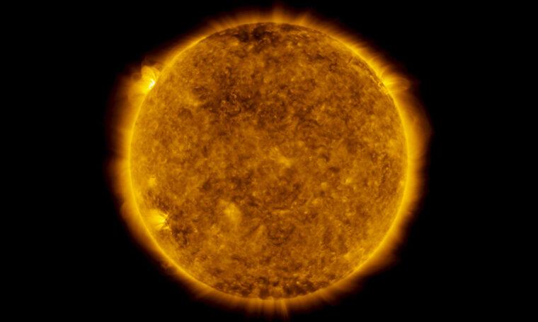 NASA detects a hot batch of new sunspots