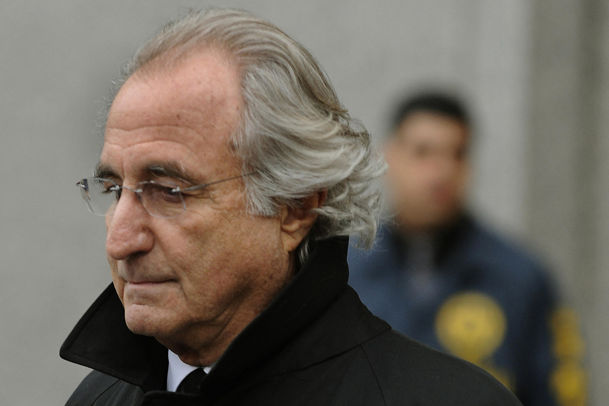 Supreme Court halts bid to block Madoff trustees' lawsuits