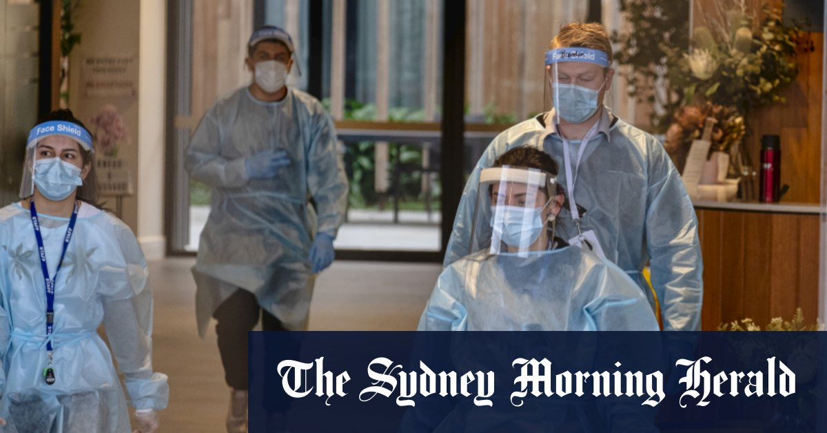 Aged care workers win paid pandemic leave