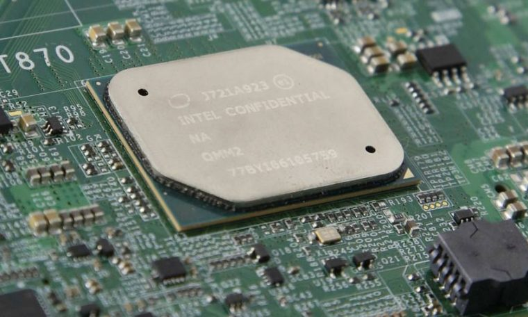 Intel's manufacturing hold-up sends shockwaves through chip industry