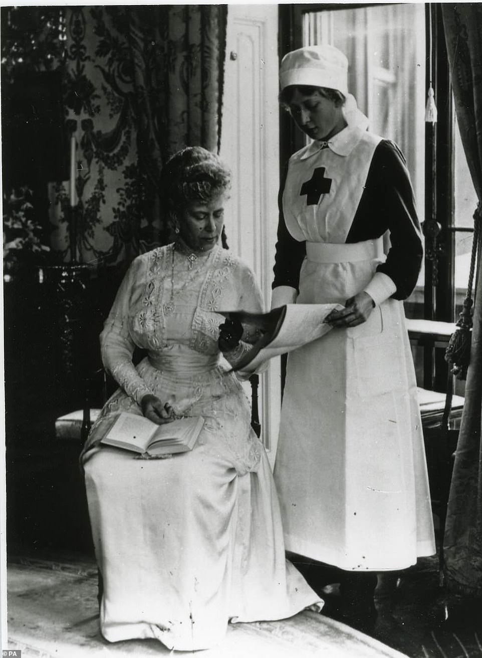 Queen Mary with her daughter Princess Mary during the First World War (pictured)