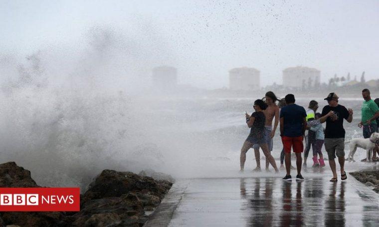 Hurricane Isaias heads for Carolinas