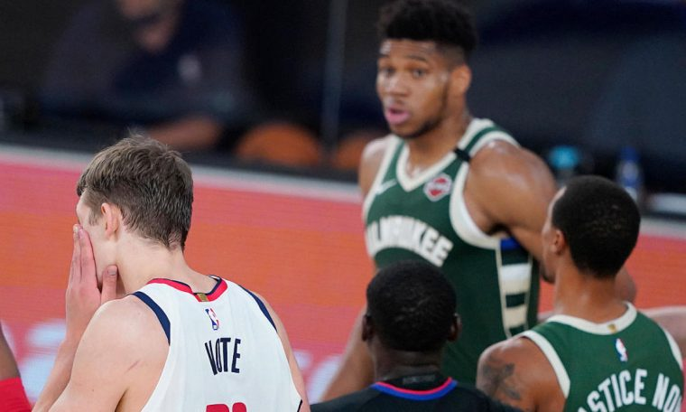 Bucks' Giannis Antetokounmpo ejected for headbutting Wizards' Moe Wagner, regrets 'terrible action' after game