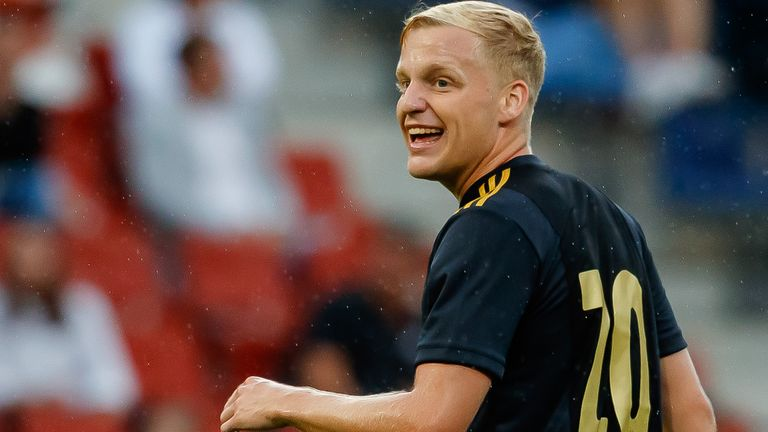 Donny van de Beek is closing on a move to Old Trafford