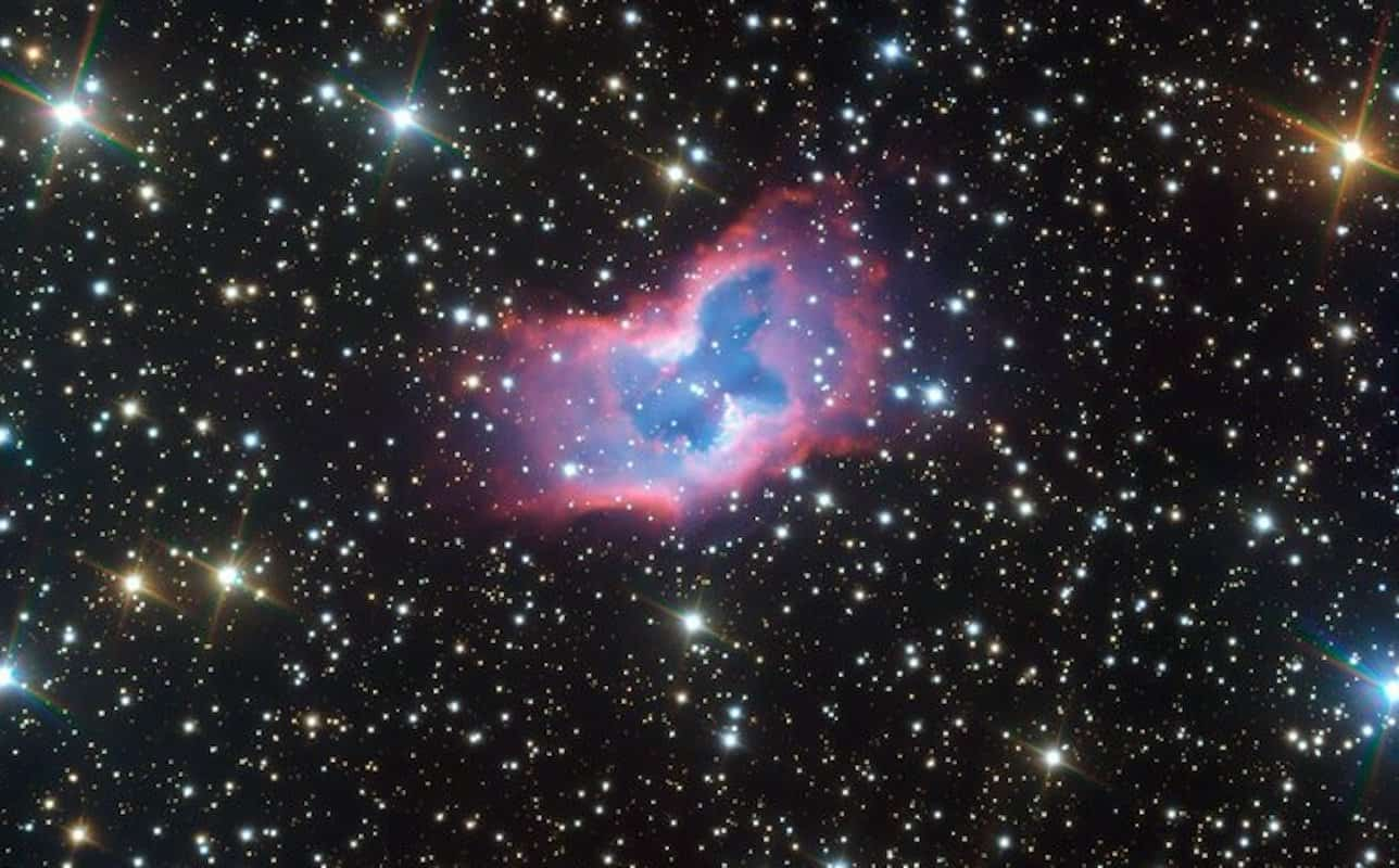 Telescope captures stunning 'butterfly' floating in space [video]