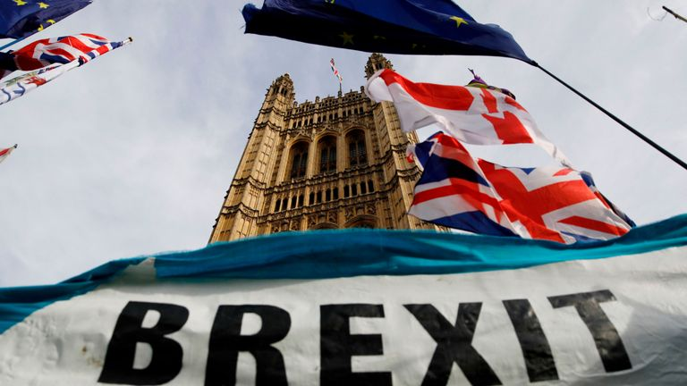 Topshot - A pro-Brexit banner is seen outside Parliament House in London on October 30, 2019.  -Christmas poll aims to break the Brexit stalemate over the years.  (Tolka AKMN / AFP Photo) (Photo by Tolka AKMN / AFP via Getty Images