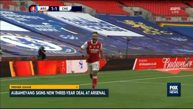 Abameyang stays with the Gunners
