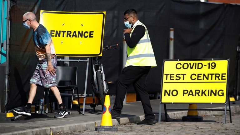 September 15, 2020 A person arrives at a walking test station following an outbreak of corona virus disease (COVID-19) in the Farnworth area of ​​Bolton, UK.  REUTERS / Phil Noble