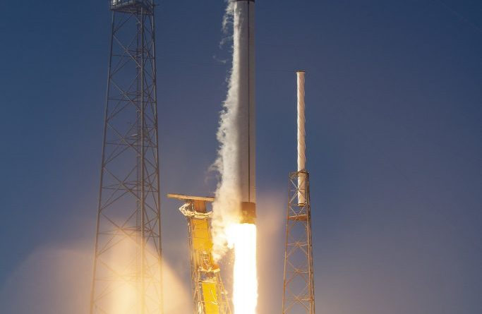SpaceX receives U.S. military approval to launch reusable Balkan booster
