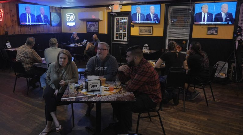 Viewers in Pennsylvania watch the presidential debate