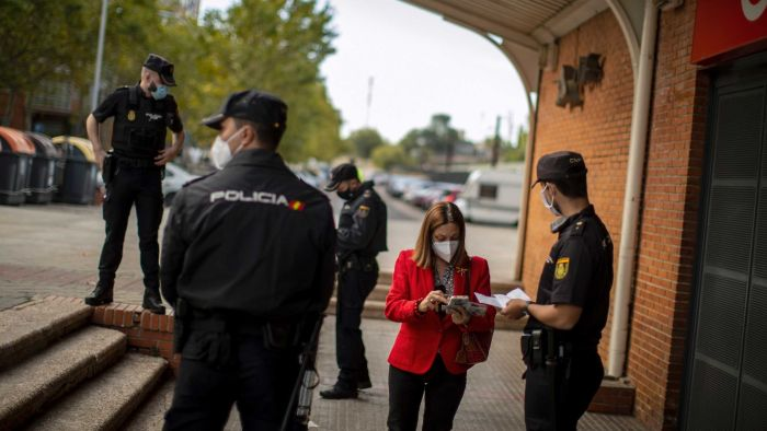 Spain declares state of emergency, forcing opposition Madrid authorities to restore control between the second wave of COVID-19