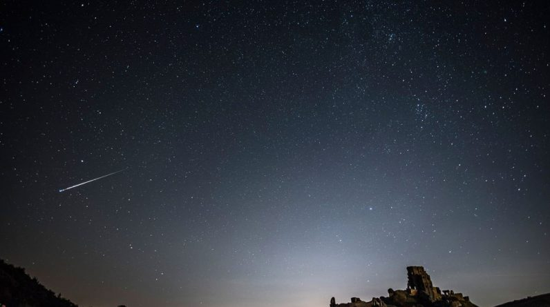 CBS Pittsburgh - Social media explains with reports of giant meteorites across the East Coast