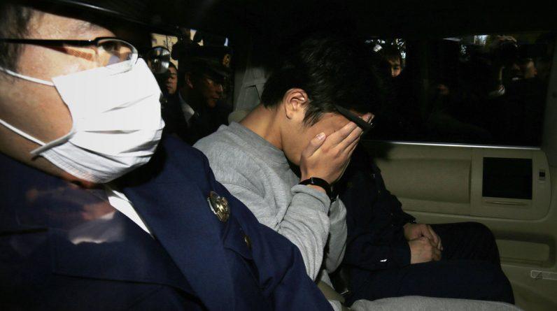 Japan's Twitter killer 'admits murder, disconnects 9
