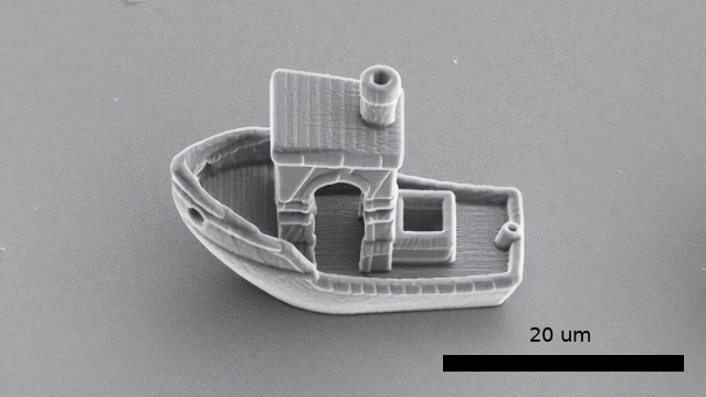 "The world's smallest bench 3D-printing shows what can be done for ""micro vimmers"""