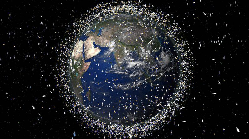 Two large pieces of space debris almost collided with Earth - P.G.R.