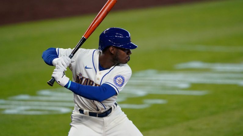 Brewers Williams, Mariners C.F. Louis Rookie of the Year | K.L.R.T.