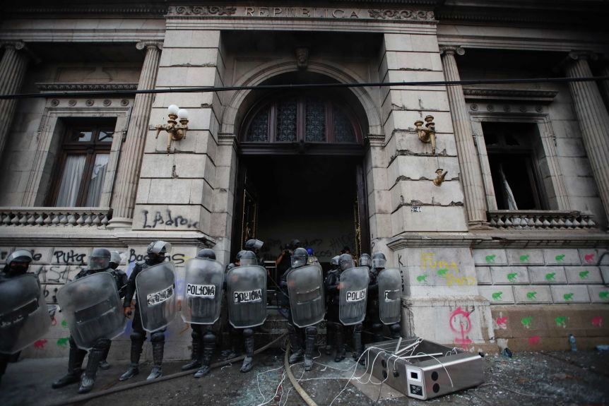 Police cordoned off the Guatemalan Congress building