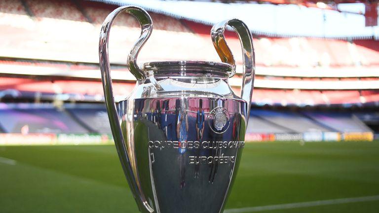 Bayern Munich and Paris SG will host the Champions League tonight.