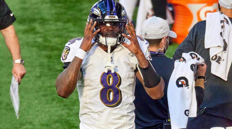 Ravens quarterback Lamar Jackson tests a report in favor of COVID-19