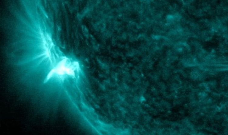 Biggest solar flare reduces radio communication on Earth - Video | Science | News