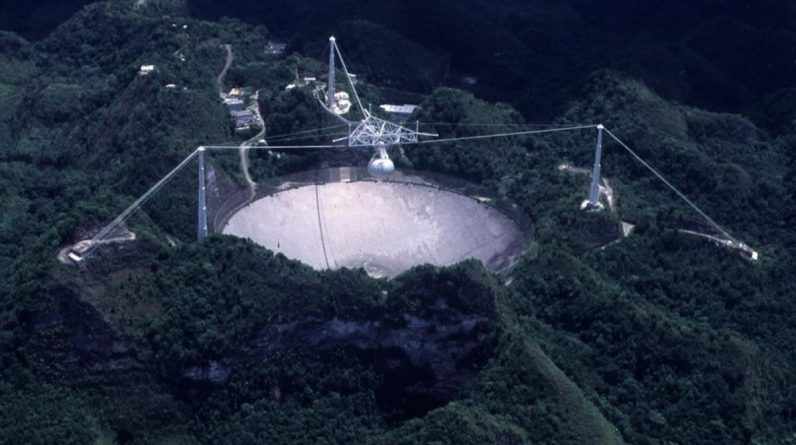 Giant Arecibo telescope from GoldenEye movie to shut down