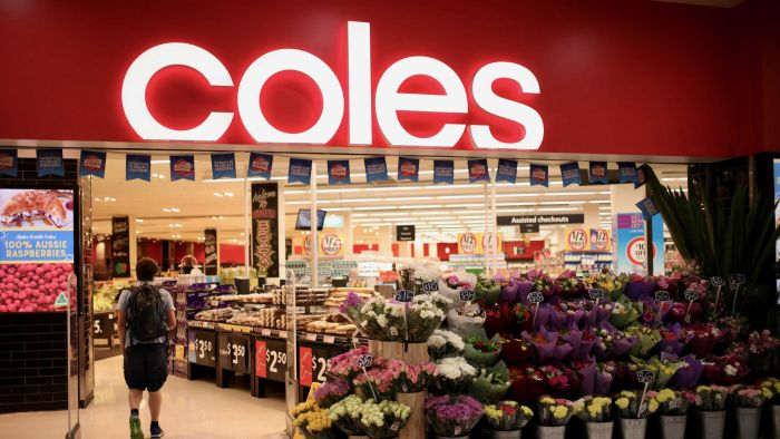 Coles closes main Sydney warehouse as hundreds of Smitten Grange workers strike over layoffs