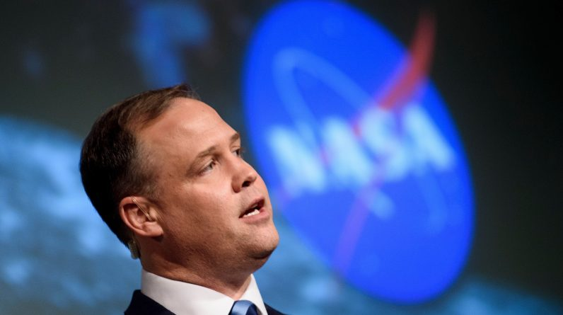 NASA Head Quits So Biden Can Choose Someone 'Trusted' for the Role