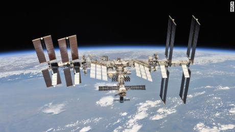 New toilet, VR camera and science experiments go to space station