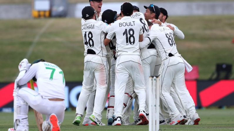New Zealand dropped Australia from number one in the world test rankings after the collapse of Pakistan