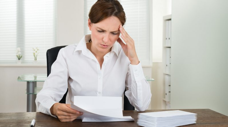 7 definite signs that work is ruining your life