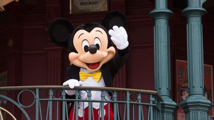 Inégalités salariales et licenciements massifs, une héritière Disney monte au créneau contre la firme aux grandes oreilles