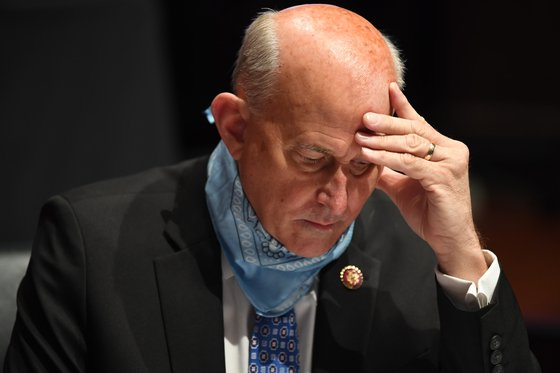 Republican Congressman Louis Comet has filed a lawsuit against the Electoral Counting Act, claiming that the U.S. vice president should have a broad preference in the electoral college certification process. [AP=연합뉴스]