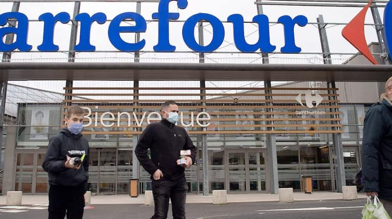Coach-Dart abandoned Carrefour |  Montreal Journal
