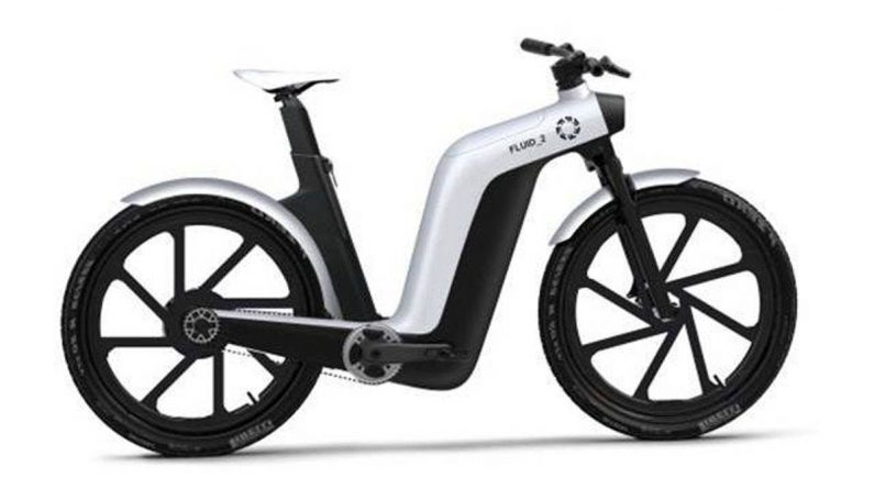 Fuell Flluid_2, a scooter that turns into an electric bike