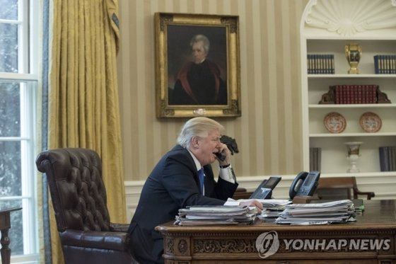 Portrait of former President Andrew Johnson in the White House office during the Trump administration [EPA=연합뉴스]