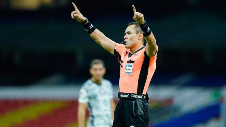 Arturo supported a goal not allowed in the United States against Priscio Juarez and Cruz admitted a mistake to Azul -.