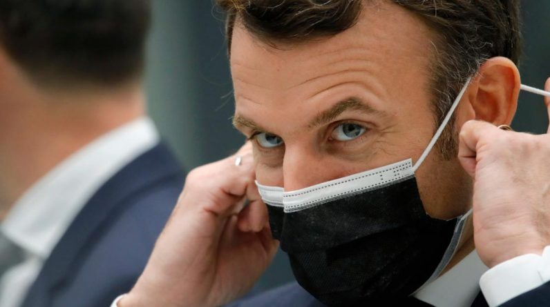 Emmanuel Macron sends an SMS of strong support to his health minister