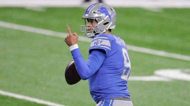The Lions and Rams exchange quarterbacks