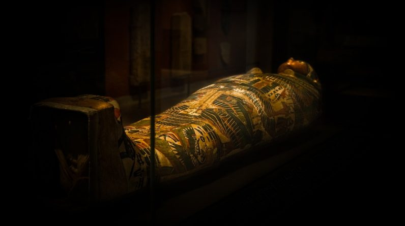 Scientists have discovered the secret of the ancient mummy with the help of tomography - photo
