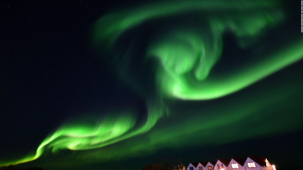 How to watch a Northern Lights show live