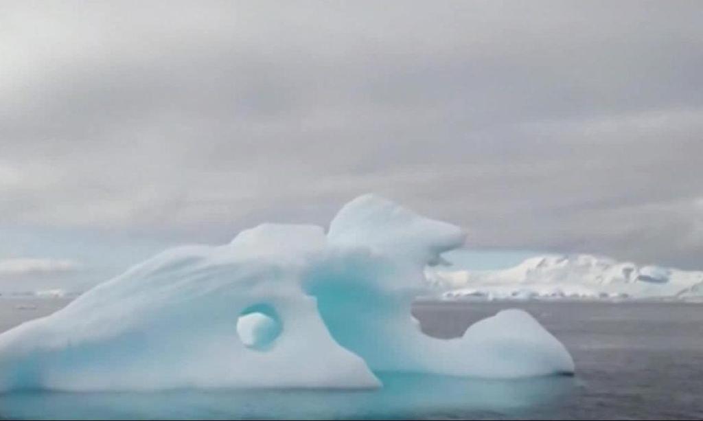 High temperatures melt Antarctica's glaciers