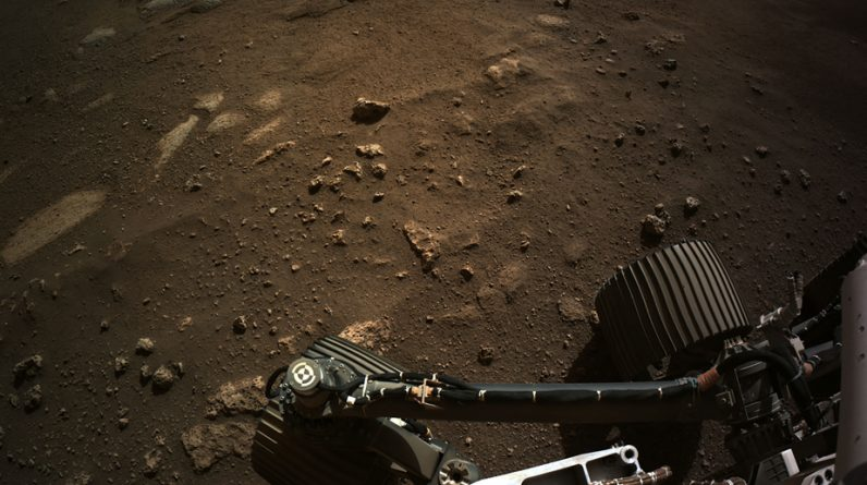 NASA releases a wide-ranging photograph of Mars taken diligently